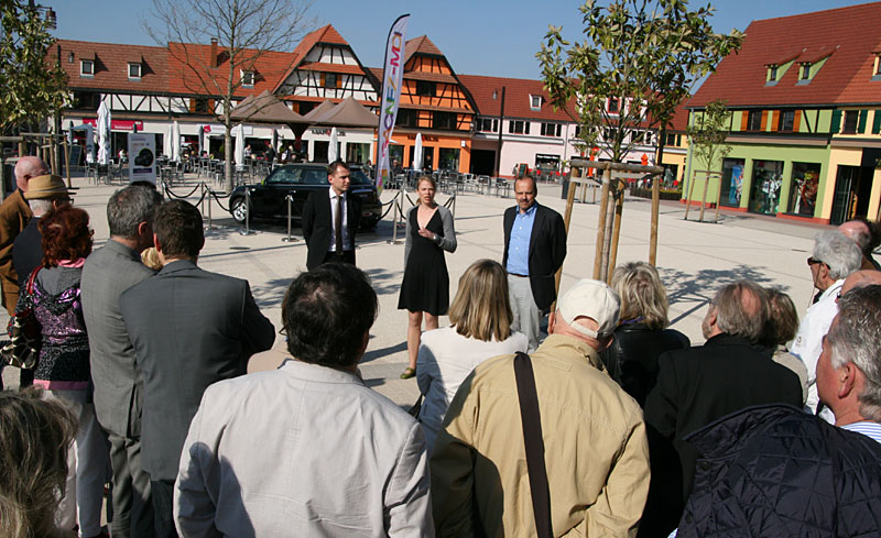 Besuch des Factory Outlet-Centers